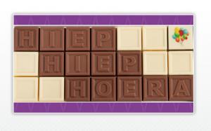 Cadeautip: chocolade met de tekst hiep hiep hoera